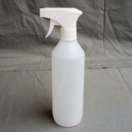 Produit nettoyant dalle