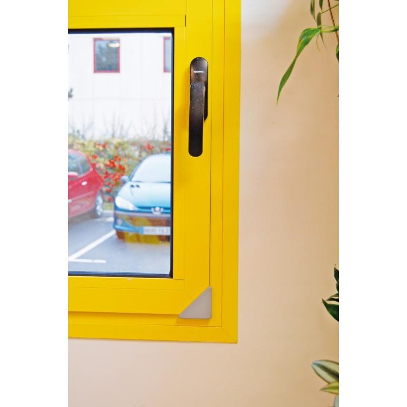 Coin de fenêtre anglisol